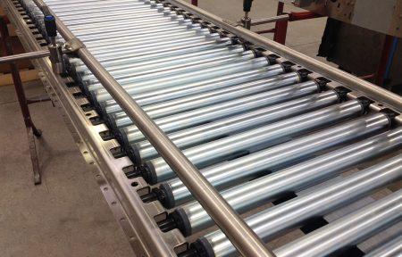 nastri-trasportatori-table-top-per-confezioni-rulli-catena-tangenziale